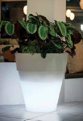 vase illuminable d'extérieur