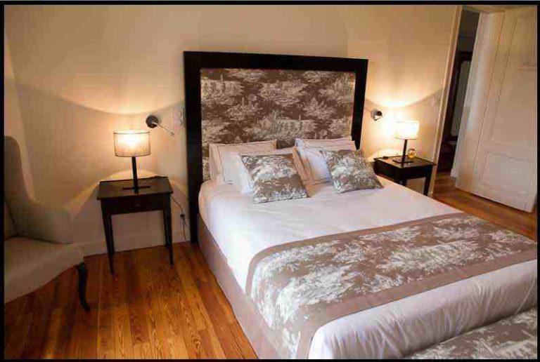 tête de lit bois-tissu