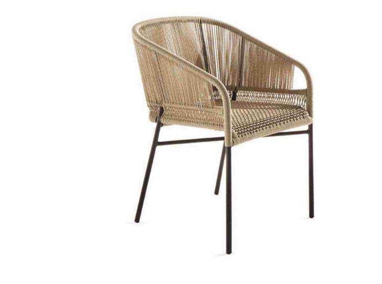 fauteuil d'extérieur tressé