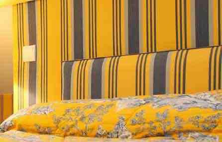 tete de lit en tissu à rayure,